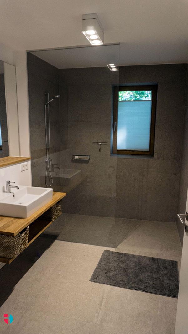 badtr ume verwirklichen modern und zeitlos d s rockenstein. Black Bedroom Furniture Sets. Home Design Ideas